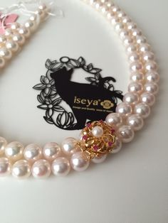 Japanese Akoya Pearl Necklace and GoldClasp.