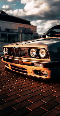 Mike Crawat – BMW – Mit Herz und Nieren – Mike Crawat – BMW – With heart and kidneys – Bmw Isetta, Bmw Autos, Bmw E30 325, Bmw E46, E46 M3, Automotive Photography, Car Photography, Carros Bmw, Bmw Wallpapers