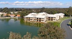 Lakeside Holiday Apartments South Yunderup Just a 15-minute drive from the centre of Mandurah and its award-winning marina, the 4-star Lakeside Holiday Apartments offers spacious self-contained apartments. Facilities include a heated outdoor swimming pool.