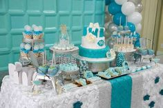 Tiffany  Co. inspired birthday party with Lots of REALLY CUTE IDEAS via Kara's Party Ideas | KarasPartyIdeas.com Printables, Cakes, Favors,...