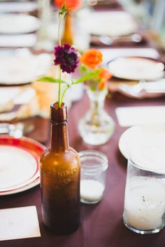 Photography : Jenny DeMarco   Coordination : Your Wedding Your Way   Floral Design : Petal Pushers 512-894-0808   Venue : Vista West Ranch 512-894-3500 vistawestranch.com #vistawestranch #smpweddings #stylemepretty #hillcountry #hillcountryweddings
