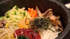Dolsot bibimbap recipe : SBS Food video too Garlic Recipes, Chili Recipes, Rice Recipes, Asian Recipes, Healthy Recipes, Ethnic Recipes, Healthy Dishes, Healthy Meals, Vegetarian Recipes