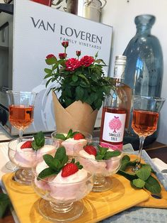Wen met VAN LOVEREN Tangled Tree wyne!   rooi rose Tangled, Alcoholic Drinks, Van, Rose, Glass, Pink, Rapunzel, Drinkware, Corning Glass