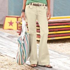 A must-have basic in three essential neutrals. Flapped, double-stitched pockets fore and aft, plus double belt loops, side tabs and faux horn buttons. Mid-low rise. Cotton canvas with spandex.