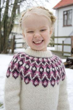 Stricken Blossi Icelandic lopi sweater/lopapeysa pattern by Sarah Dearne – Stricken Creative Knitting, Knitting For Kids, Crochet For Kids, Knit Crochet, Free Crochet, Fair Isle Knitting Patterns, Sweater Knitting Patterns, Crochet Patterns, Baby Sweaters