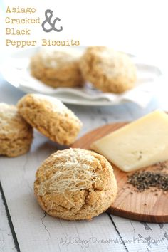 Low Carb Asiago Cracked Pepper Biscuits