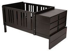 Mobiliario versátil y elegante.  La tendencia actual en mobiliario para niños contempla piezas de alta calidad que funcionen de una etapa a otra.