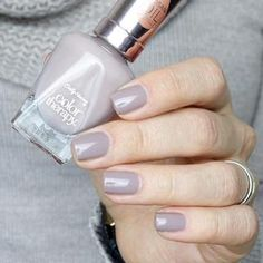 Color Therapy™ | Sally Hansen Steely Serene
