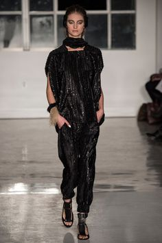 Iris van Berne for Zero + Maria Cornejo Fall 2014 Ready-to-Wear Collection Slideshow on Style.com