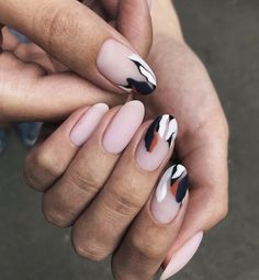 Stylish: Trends for the Perfect Mat Manicure for Spring 2019 - Nail Polish Ideas Cute Acrylic Nails, Matte Nails, Acrylic Nail Designs, Nail Art Designs, Nails Design, Nail Polish, Nail Manicure, Gel Nail Art, Shellac Nails