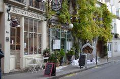 Zomaar een enig plekje in Parijs , in de kersttijd