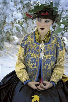 Oleana sweater blue and yellow. In Finland from www.kompaniet.fi/ I want it !!