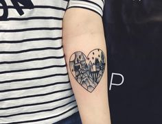 Love this Hogwarts in a heart tattoo by Instagram @lera_breger.