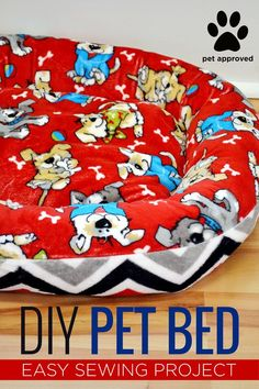 Sewing Animals Projects Raise your hand if you love your pet! Today's new tutorial is perfect for those friends of ours! This easy sewing DIY Pet Bed is super soft and cuddly for those pets that we adore! Check out the tutorial HERE! Diy Cat Bed, Diy Bed, Pet Beds Diy, Dyi Dog Bed, Cat Beds, Diy Vanity, Easy Sewing Projects, Sewing Diy, Dog Beds For Small Dogs