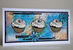 Some fiddling on the kitchen table: Three in a Row: Cupcakes