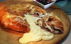*Receita do GNT Ingredientes:Massa250g de farinha de trigo forte 1 colher (chá) de sal 25g de açúcar... - Divulgação
