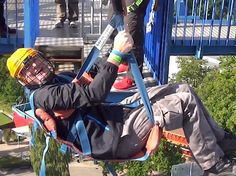 A 100 FOOT FREE FALL BUNGEE JUMP WILL SURELY GIVE YOU A SCARE OF YOUR LIFE! NO ROPES. JUST A NET TO CATCH YOU!