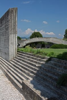 Visions of an Industrial Age // Carlo Scarpa - The Brion Tomb Carlo Scarpa, Types Of Stairs, Modern Architects, Elements Of Design, Midcentury Modern, Interior Architecture, Exterior, San, Modernism