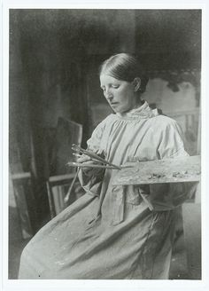 Portrait of Anna Ancher (1859-1935) in a studio.    KB id: ke003467.tif    Photo: Anna Knudstrup (1884-1959)    Department of Maps, Print and Photographs, The Royal Library, Denmark.