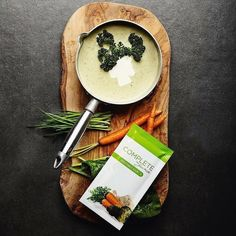 Stuck for something warm to have on your lunch? Why not try ourVegetable Soup the soup for your. Healthy Teeth, Healthy Fats, Healthy Cooking, Healthy Choices, Healthy Snacks, Healthy Eating, Healthy Recipes, Vegan Bodybuilding, Juice Plus