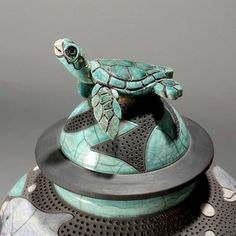 Robin Rodgers Pottery - We own some pieces Robin created.  Wish we could own more.