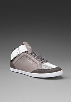 Y-3 Yohji Yamamoto Kazuhiri Sneaker in Grey/Castlerock/Running White