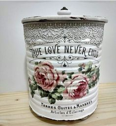 1 million+ Stunning Free Images to Use Anywhere Decoupage Tins, Decoupage Vintage, Vintage Tins, Tin Can Crafts, Jar Crafts, Diy And Crafts, Bottles And Jars, Mason Jars, Shabby Chic Accessories
