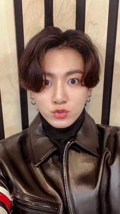Jungkook Selca, Maknae Of Bts, Jungkook Cute, Foto Jungkook, Foto Bts, Bts Taehyung, Busan, Jung Kook, Bts Official Instagram
