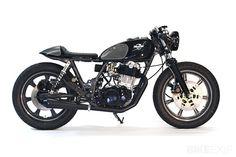 Yamaha SR500.