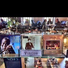 Cafebrería El Péndulo / Roma / Ciudad de México. Desayunos musicales