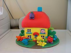 little Mr. men cake