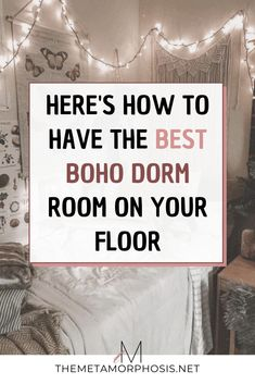 OMG these boho dorm room ideas are literally AMAZING! Every college student needs to see these boho bedroom ideas if they love the bohemian aesthetic! #boho #college #bohemian College Freshman Tips, College Dorm Essentials, College Packing Lists, College Life Hacks, Freshman Year, College Graduation, Bohemian Dorm Rooms, Pink Dorm Rooms, College Apartment Bathroom