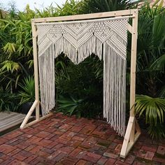 596 отметок «Нравится», 19 комментариев — knotkaren macramé (@knotkaren.macrame) в Instagram: «I am very excited to announce that knotkaren now has an arbour available for hire with her macramé…»