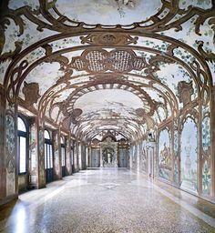 Palazzo Ducale, Sala dei Fiumi, Mantova - Candida Höfer