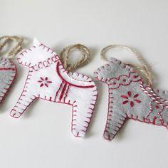 Set of 5 Hand embroidered Scandinavian style Dala horses