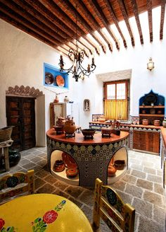 Mexican Style Kitchens, Mexican Style Homes, Mexican Style Decor, Hacienda Style Homes, Mexican Style Bedrooms, Mexican Hacienda Decor, Mexican Bedroom Decor, Hacienda Kitchen, Mexican Interior Design