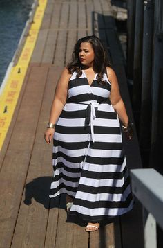 FABULOUS PLUS SIZE DRESS AND A SUPER SIZE LADY ROCKING HER STUFF