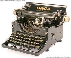 Maquina de escribir Orga. 1925