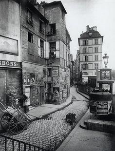 Eugene Atget - Rue des Ursins, 1900