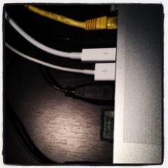 A plus de place #Thunderbolt #Macbookpro - @rennestv- #webstagram
