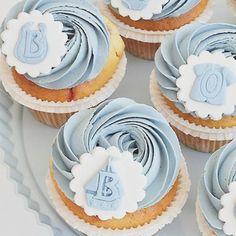 : @annebrith.no. Sweet #cupcakes #babyshower #dåp #navnefest #muffins #detlilleekstra #inspirasjon #inspo #instalove #baking #summer #dinbabyshower