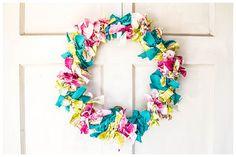 Easy no-sew fabric wreath tutorial! Just a few simple steps... So cute!