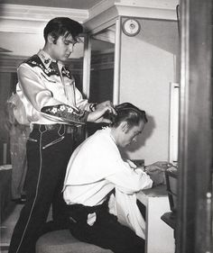 Elvis cutting hair.....scene from LOVING YOU,  1957