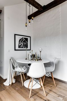 If you're very keen on privacy for your bedroom, this might not be the best idea. But it does give a small apartment a more spacious feeling if you add a glass wall. These glass industrial walls is something you see a lot in Scandinavian apartment right now, you can see it as well in …