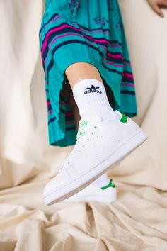Style meets sustainability in the latest Stan Smith sneaker. Featuring a PRIMEGREEN upper made with 50% recycled content, the iconic silhouette is now truly timeless. Available in-stores and online. #STANSMITHFOREVER #ENDPLASTICWASTE #sneakers Stan Smith Tennis, Adidas Stan Smith, Stan Smith Sneakers, Tennis Sneakers, Sustainable Fashion, Retro Fashion, Adidas Originals, Sustainability, Silhouette
