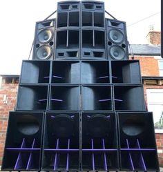 Speaker Design, Speakers, Restoration, Audio, Life, Beautiful, Black, Black People, Loudspeaker