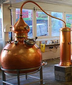 HG1000 on the picture.  What you may expect from a 400 L hoga copper pot still; Rum distillation with hoga still. Charge 300 L still = 225 L of wash if we fill it 75%225 X 0.1 = 22.5 L potential alcoholActual yield might be 70% of 22.5L  = 15.75 at 200 proof. Typical average % alcohol on the hearts first run is 65% or 130 proof. So we should get about 24.2 L  at 65% ABV.