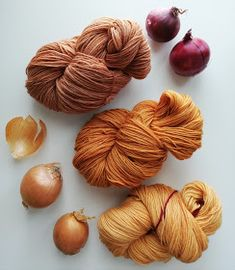Plant Painting, Fiber Art, Diy And Crafts, Weaving, Textiles, Wool, Dyeing Yarn, Nature, Plants