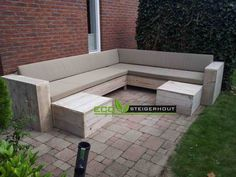 Lounge hoekbank steigerhout Outdoor Seating, Outdoor Sofa, Outdoor Furniture Sets, Outdoor Decor, Palette Table, Diy Storage Bench, Backyard, Patio, Conservatory