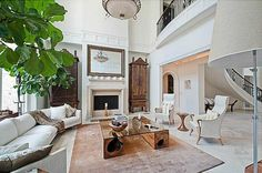 Inside Usher's home in Georgia: stunning luxurious white mansion | Top Celebrity Homes